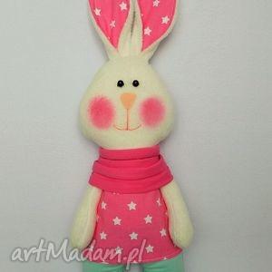 wyjątkowy prezent, króliczka amanda, króliczka, maskotka, przytulanka, prezent