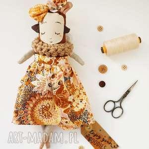Prezent MONSTERÓWNA Justyna - lalka z tkaniny handmade, lalka-waldorfska
