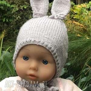prezenty na święta, czapka zajączek, czapka, noworodek, dziecko, drutach