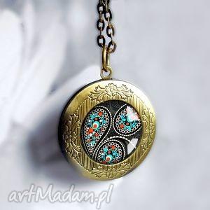 Prezent magic orient, orientalny, czarny, prezentowy, otwierany, sekretnik, medalion