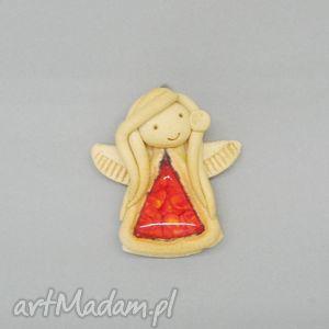 ceramika aniołek radości, dekoracja, ceramika, aniołek, wnętrze, ściana
