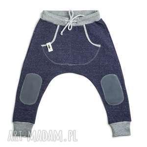 spodnie granatowe melanż baggy, spodnie, pants, granat, sznurek, łaty