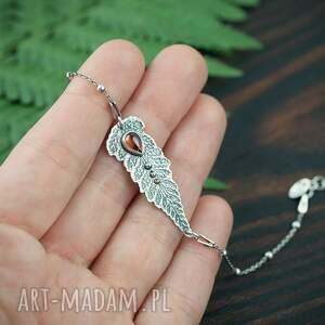 ręcznie zrobione srebrna bransoletka liść paproci z granatem, czerwonym