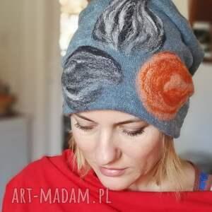 czapka wełniana damska niebieska gołebia z kwiatem - wełna, czapka, kwiaty