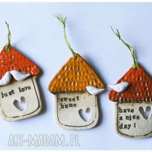 ceramika zestaw domków z sentencjami, ceramika, zawieszka, domek