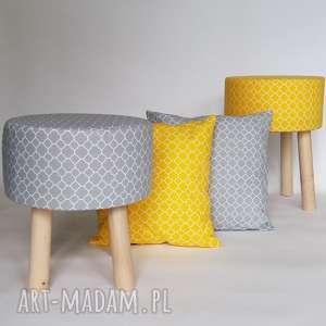 Prezent Podnóżek M drobna żółta koniczyna, dom, prezent, stołek, taboret, drewno,