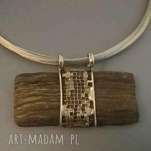 Skamieniałe drewno w sieci naszyjniki bizuteria naturalnie