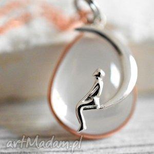 925 opal księżyc różowo pozłacany łańcuszek - księżyc, opal, kamień, zawieszka, pozłacany, srebro