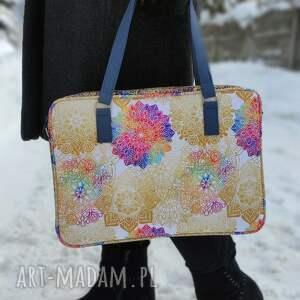 torba na laptop - tęczowe mandale, elegancka, nowoczesna, wiosna