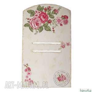 subtelne różyczki - deseczka pod kalendarz, prezent, zawieszka