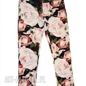 świąteczne prezenty, legginsy rose garden, legginsy, spodnie, dresowe, róża