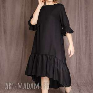 wełniana sukienka z falbaną, falbana, minimalizm, welna, eleganka