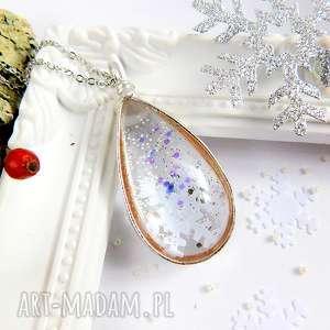 zimowa łezka ze śniezynką, łezka, szklane, świąteczny, zimowy, śnieżynka, prezent