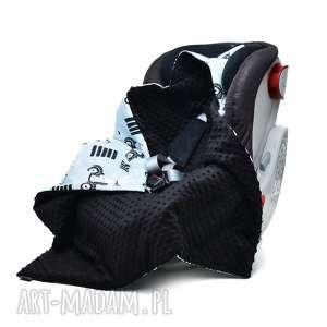 hand made dla dziecka kocyk do fotelika nosidełka królik na skuterze / czarny
