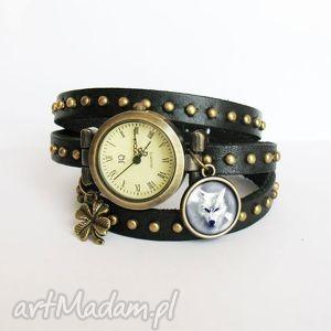 handmade zegarki bransoletka, zegarek - biały wilk czarny, nity, skórzany