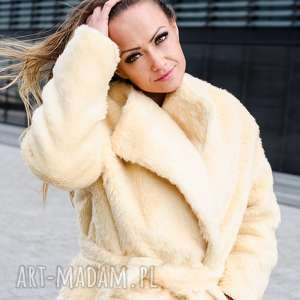 wiązany płaszcz z kieszeniami (futro futerko ciepły jasny)