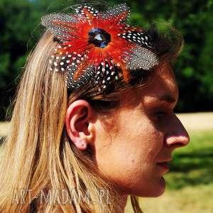 Fascynator z piór ,,Czerwona ośmiornica , fascynator, pióra, broszka, spinka, boho