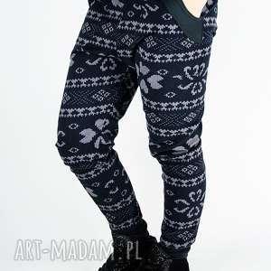 drukowane spodnie baggy, nadruk, siagacze, krok, art, wzorek