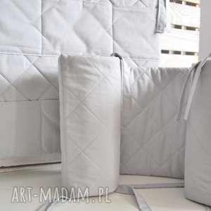 pikowany ochraniacz do łóżeczka, ochraniacz, dołóżeczka, pikowane, wyprawka