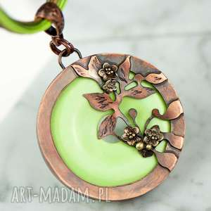 wisiorki miedziany naszyjnik z zielonym howlitem c734, zielony