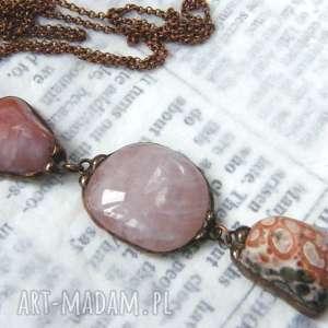 naszyjnik z długim wisiorem minerałów różowo-brązowy, kamieni
