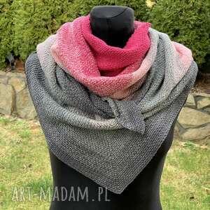 ręcznie wykonana chusta w odcieniach różu mech, chusta, szal, szalik, otulacz