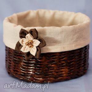 koszyk z kwiatuszkiem - białe pudełka, przechowwanie, prezent