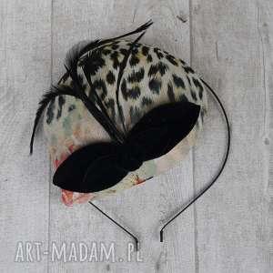ozdoby do włosów panterka, fascynator, toczek, pióra, czarny