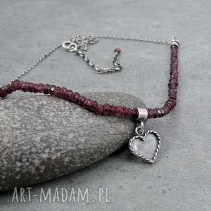 Heart charm necklace, romantyczny, serce, serduszko, vintage, kobiecy, granat