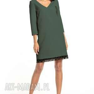 prosta sukienka z dekoltem v i koronką, t324, khaki, prosta, elegancka