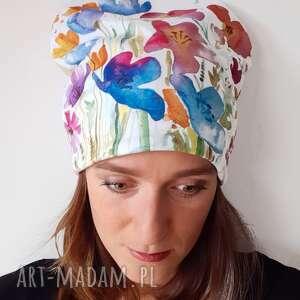 katarzyna staryk czapka łączka, polne kwiaty, pastelowa