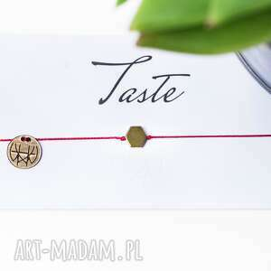Whw taste hexagon on red string w hand works delikatna