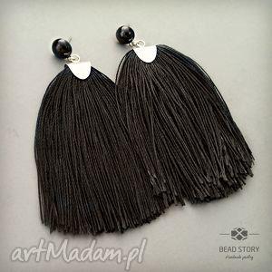 kolczyki z chwostami czarnymi, sztyfty, stal, metal, szkło, chwost biżuteria