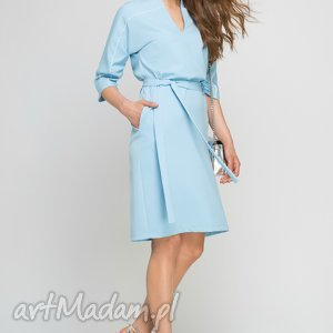 Sukienka z lamówką, SUK141 błękit, lamówka, błękitna, kieszenie, pasek, elegancka