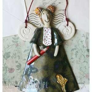 aniołek z kredką granatowy, ceramika, anioł, kredka, przedszkole, podziękowanie