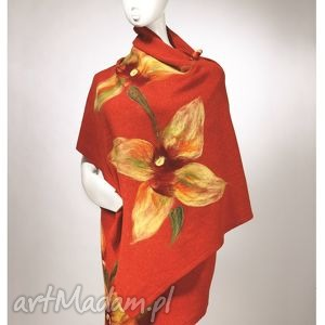 szal z wełny jagnięcej lambswool dekorowany motywami kwiatowymi mw malowane