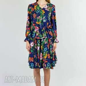 granatowa spódnica w kolorowe kwiaty, spódnica, z koła, zwiewna