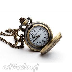 Hawuc I, zegarek