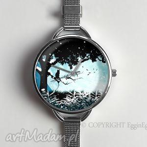 magiczny świat - zegarek z dużą tarczką - śnieg