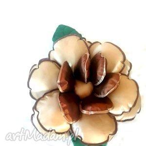 Poduszka Kwiatek z tafty w beżu i brązie, poduszka, kwiat, tafta