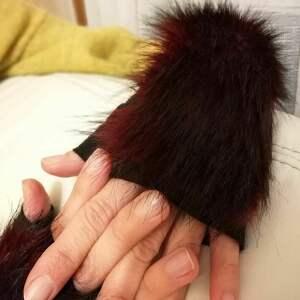Prezent rekawiczki bezpalcowe z futerkiem czarne, rękawiczki, futro