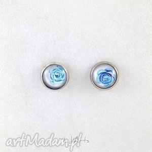 kolczyki - niebieskie różyczki wkrętki, sztyfty, mini, kolczyki, róże, grafika