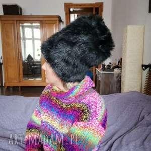 czapka ruska czarna futrzana rozmiar na mniejszą gloweb56-57cm podszewce, box