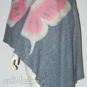 filcowany szal wełną zdobiony - filcowanie, motyle, dzianina, prezent, urodziny
