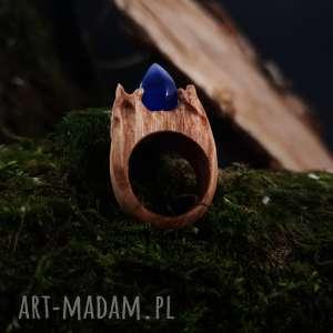 Drewniany pierścień lączony z żywicą Druid s ring , las, natura, drewniany, żywica