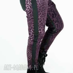 panterkowe spodnie z lampasami, nadruk, cętki, zwierzęcy, baggy, lampasy, motyw