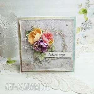 Prezent Spełnienia marzeń- kartka z pudełkiem , imieniny, urodziny, kwiaty