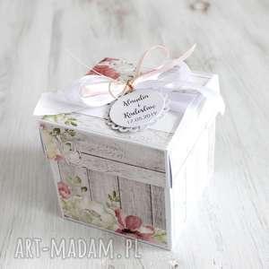 pudełko na ślub - kartka z życzeniami po godzinach, prezent
