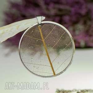 hand made naszyjniki naszyjnik z prawdziwym liściem zatopionym w żywicy z1546