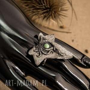 pierścionek imitujący bluszcz z perłą swarovski, pierścionek, zielony